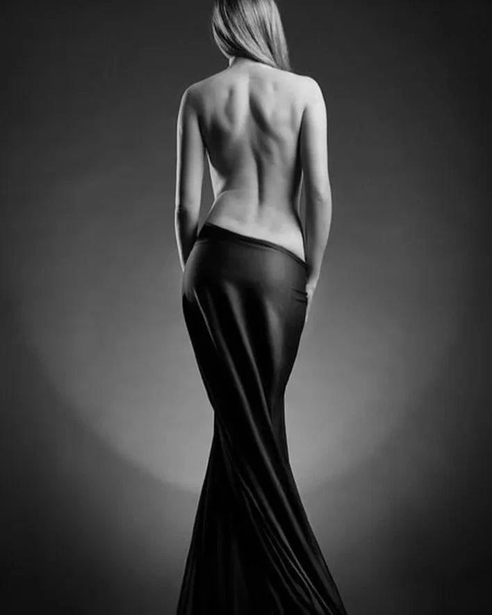 优雅的黑白人体摄影,极致的美感插图